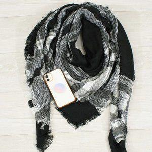 Blanket Scarf to wear 6 different ways